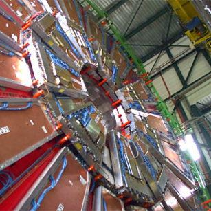 "Terowongan ""Kiamat"" a.k.a. Large Hadron Collider hadron collider 5"