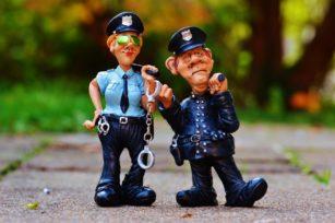 "Keseimbangan Tilang dan ""Damai"" polisi keseimbangan tilang dan damai herwin 3"