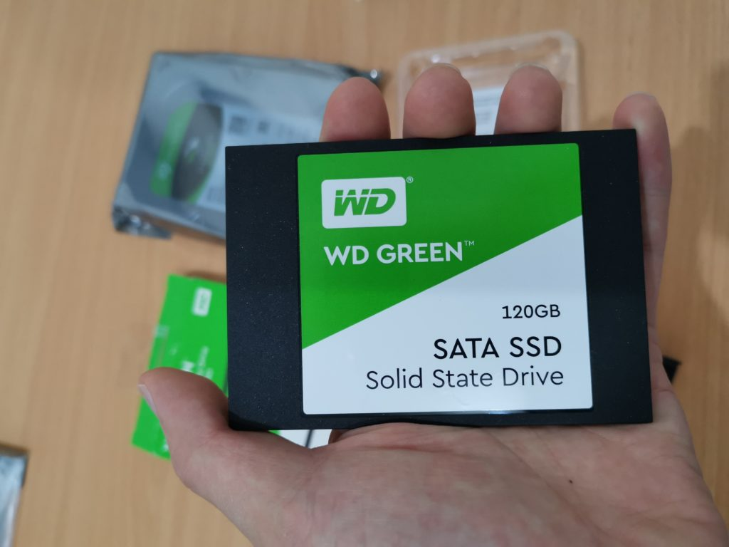 Perbandingan SSD NAND Flash SLC, MLC, TLC WD Green 120GB